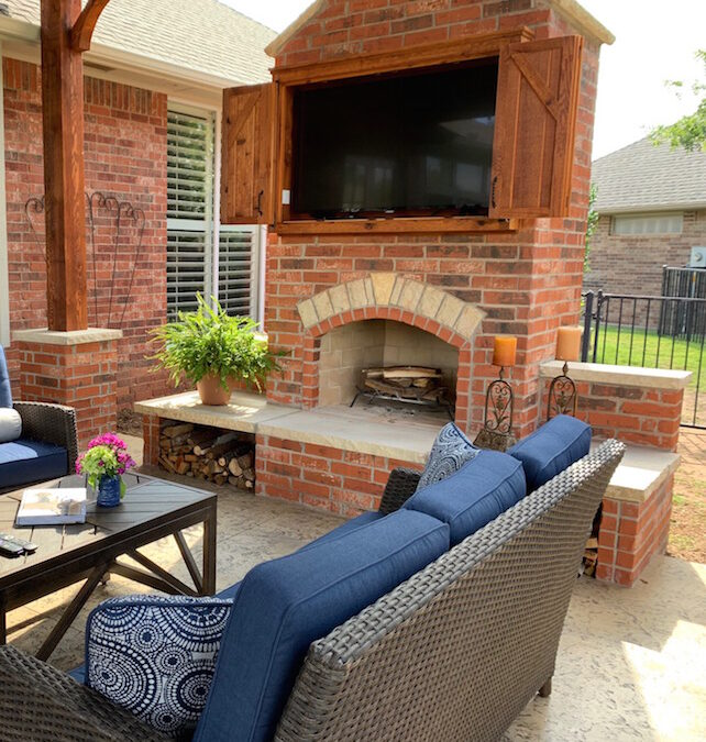 Oklahoma City Outdoor Living Space Nice Fireplace