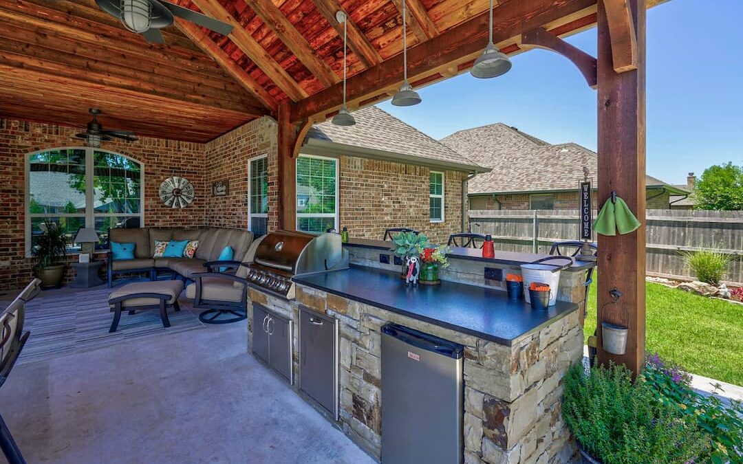Tulsa Outdoor Kitchen | Be Trying to Build Your Own Outdoor Kitchen?