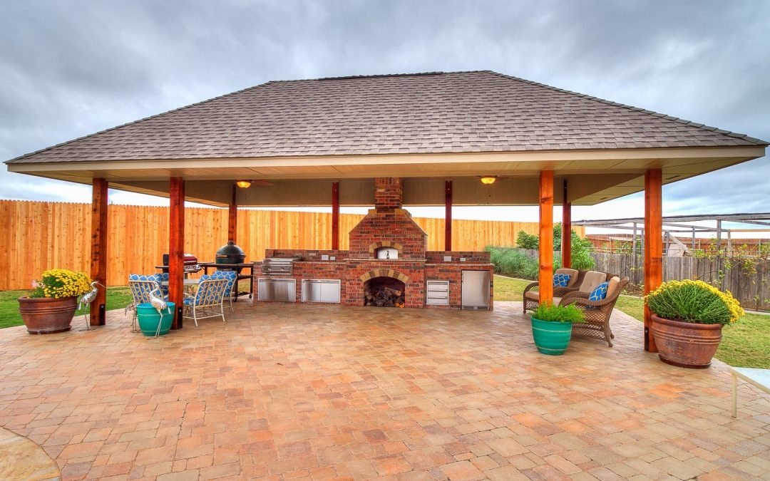 Outdoor Kitchens OKC   Feeding your Family in your Outdoor Kitchen